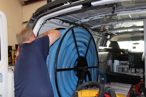 Water Damage Creve Coeur Technician Prepping Suction Hoses